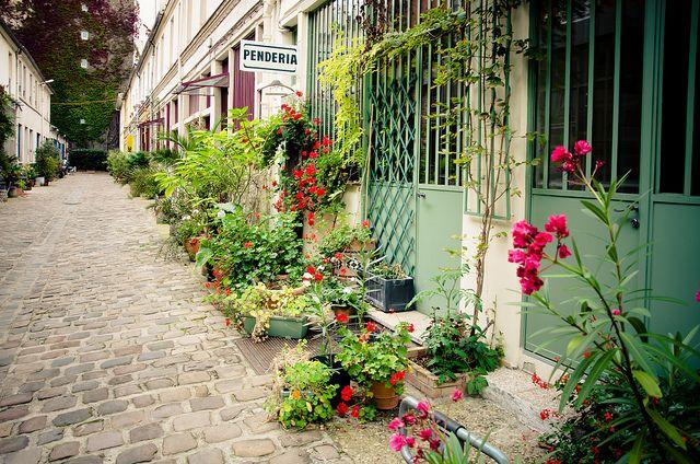 Les trésors de la rue Oberkampf | Figuier, Rues et Paris 11