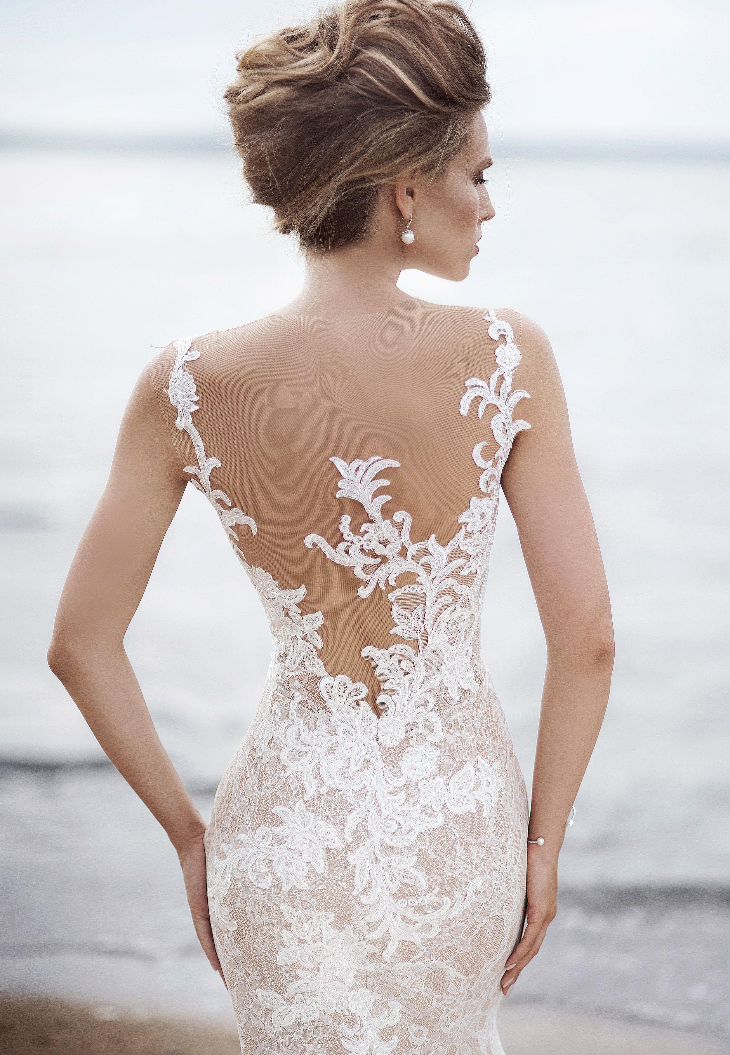 Magnifique élégante robe de mariée en dentelle