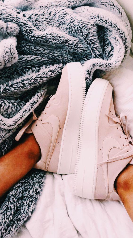 Nike Air Force 1 Sage Low Women's Shoe. Nike.com