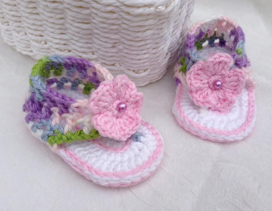 Crochet pattern baby booties very cute crochet mesh - Felpas para bebe ...