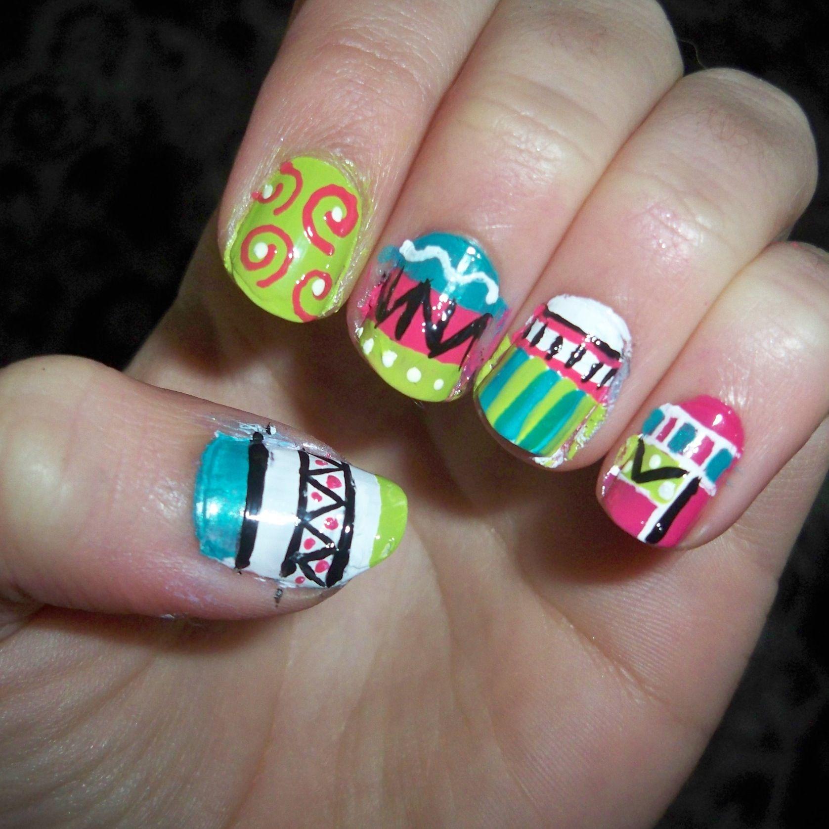 Cute tribal print! Need: nail art pins and stripers. | Hair&nails ...