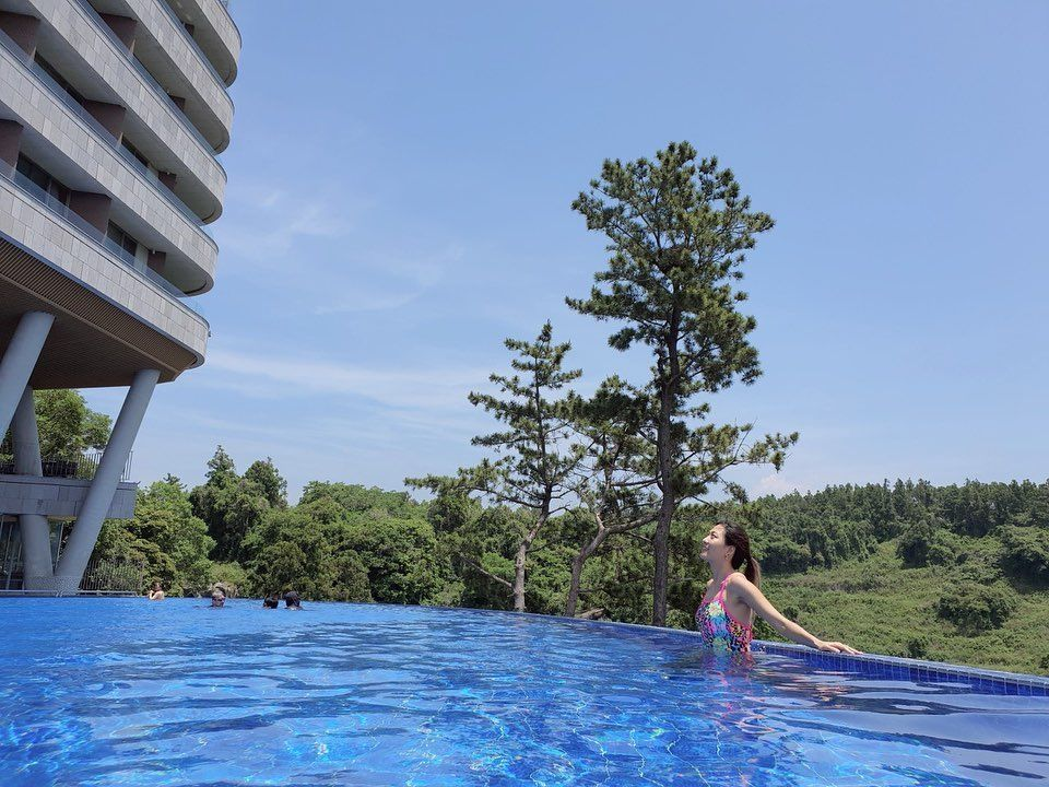 """제주도 호텔 """"히든 클리프 """" 이슬언니하고 같이~ 여행 중. #swimmingpool (제주도 2020.05.26~30일 ) #여행 #제주도 #히든클리프 #감사한 하루 #free #lifestyle"""