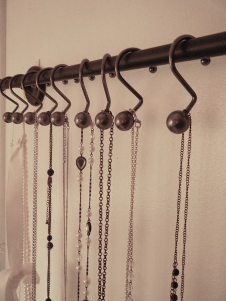 DIY Towel Rod Necklace Holder | The Life of a Pinner