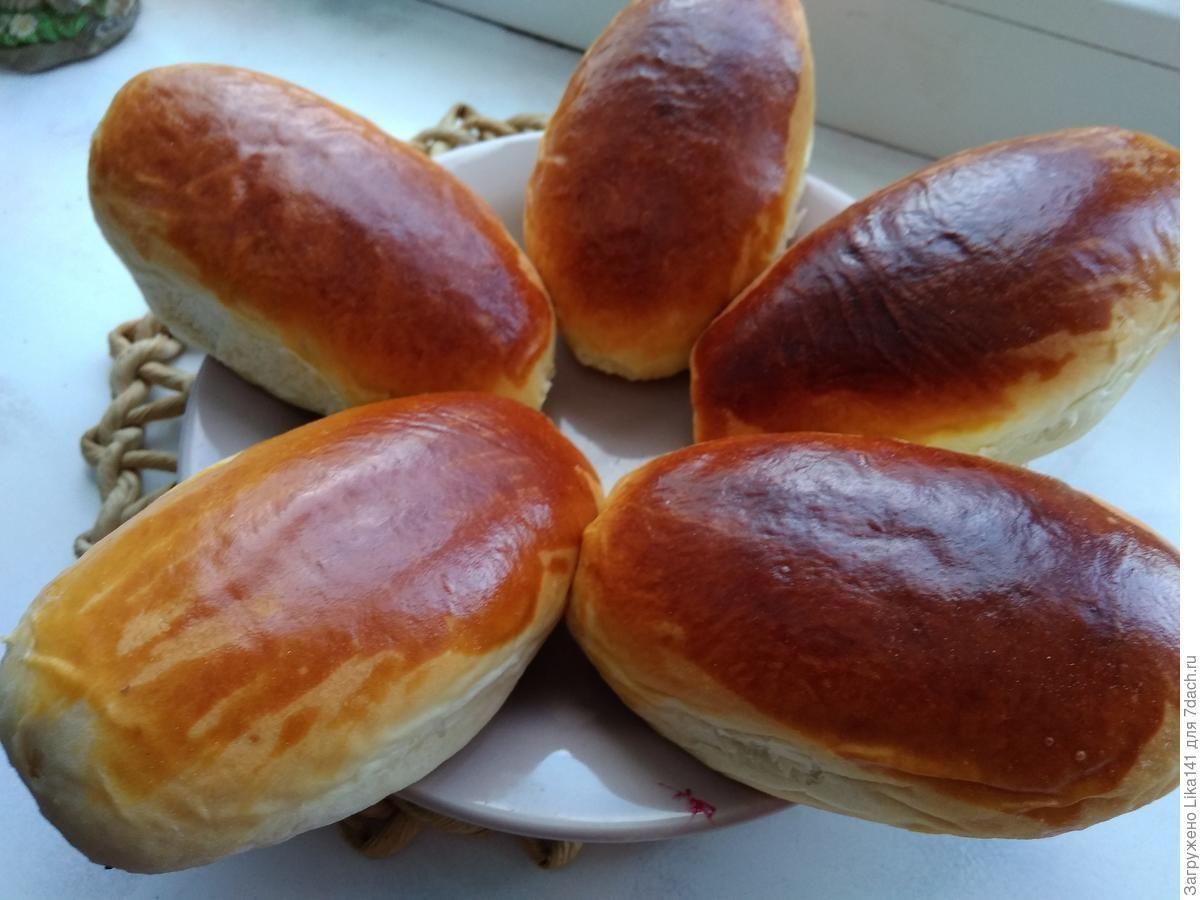 Pirozhki S Vishnej V Duhovke Food Recipes Hamburger Bun
