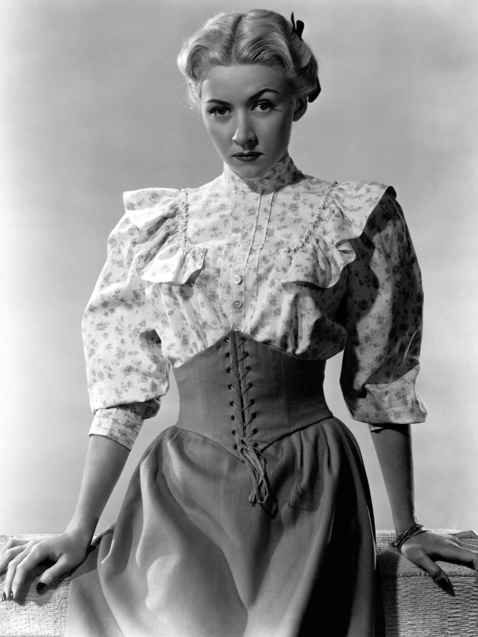 Bonnie Kathleen Blair Speedskater,Mary Parker (Australian actress) Hot tube Annie Starke,Ed Sahely