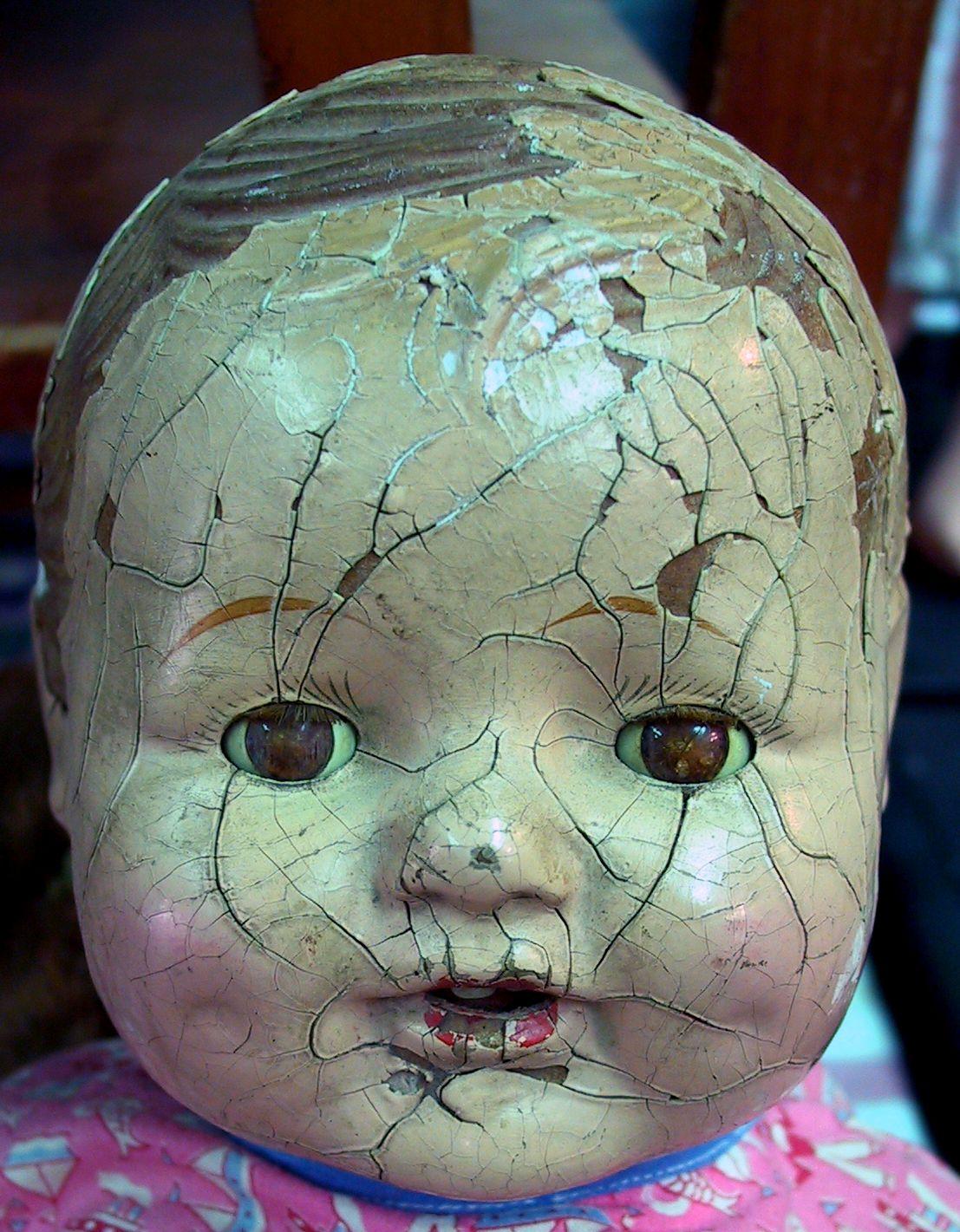 Google Afbeeldingen resultaat voor http://www.deviantart.com/download/33007070/Antique_Doll_Head_2_by_Falln_Stock.jpg