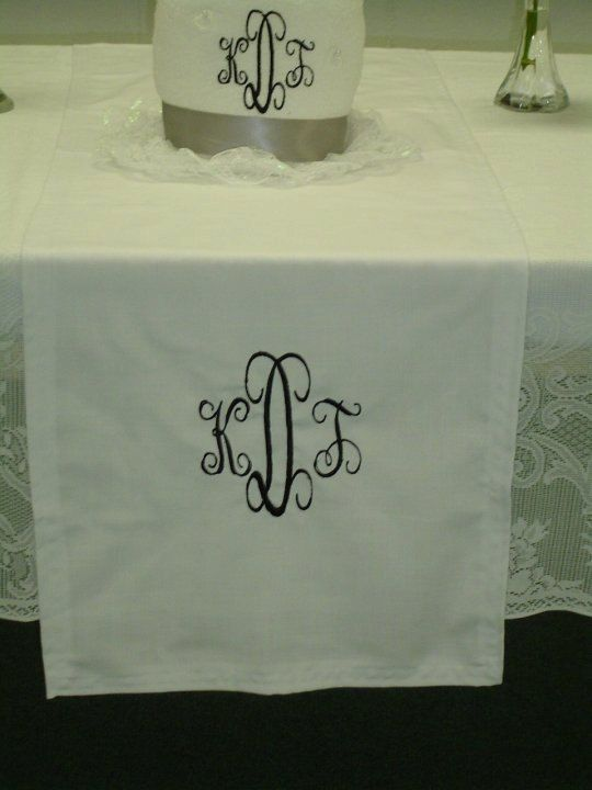 Personalized linen table runner Monogrammed by memoriescollection, I'd love to see these with our PSCT logo!