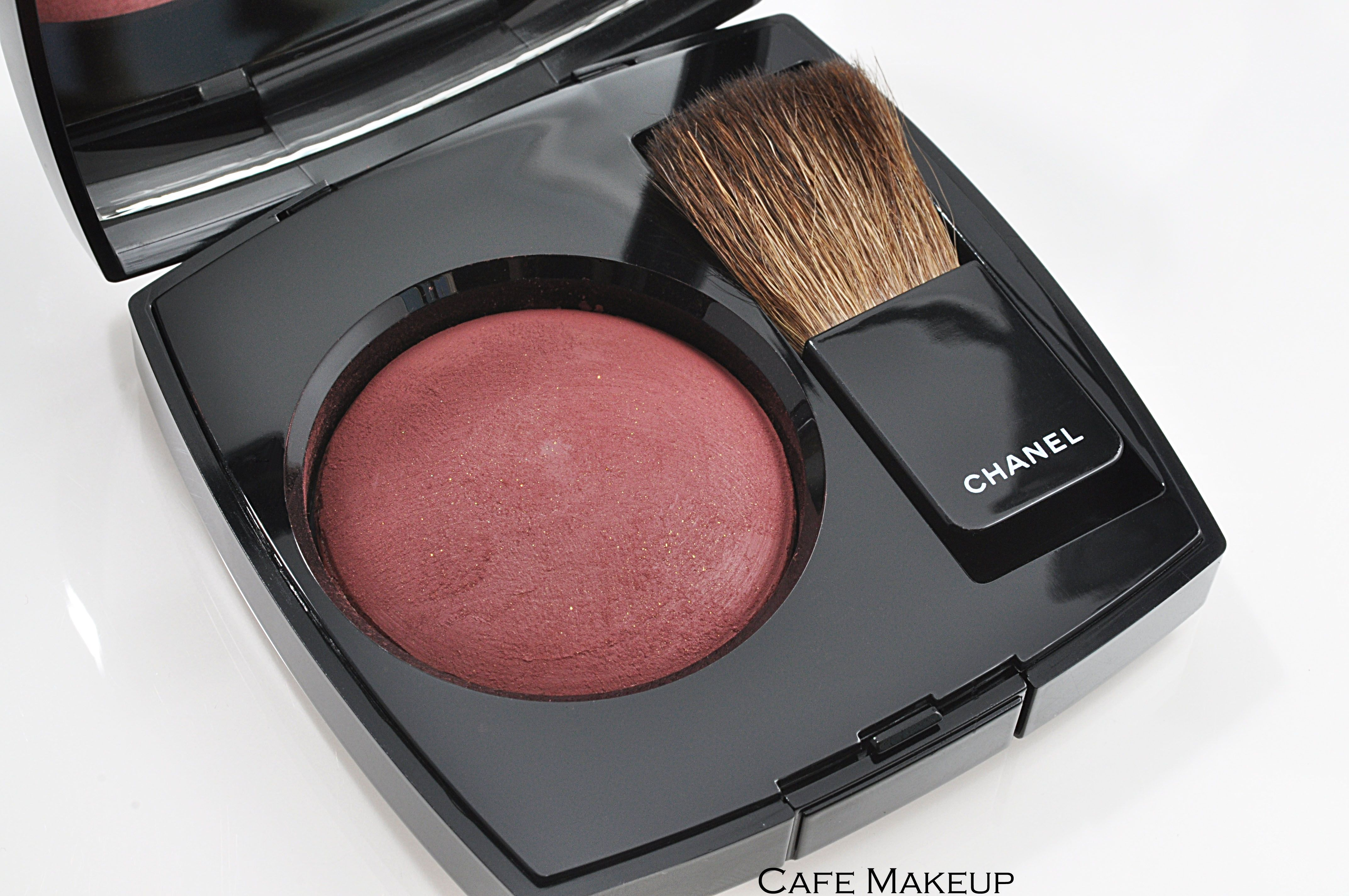 Chanel Joues Contraste In 63 Plum Attraction Fall 2010 Les Contrastes De Chanel Collection 42 My Makeup Collection Chanel Beauty Must Haves