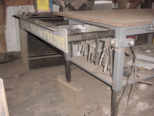 Welding table designs google search welding tables for Plan fabrication table