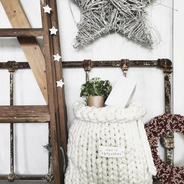 Plump Amp Co Chunky Santa Sack In White Giant Yarn 2 Ply