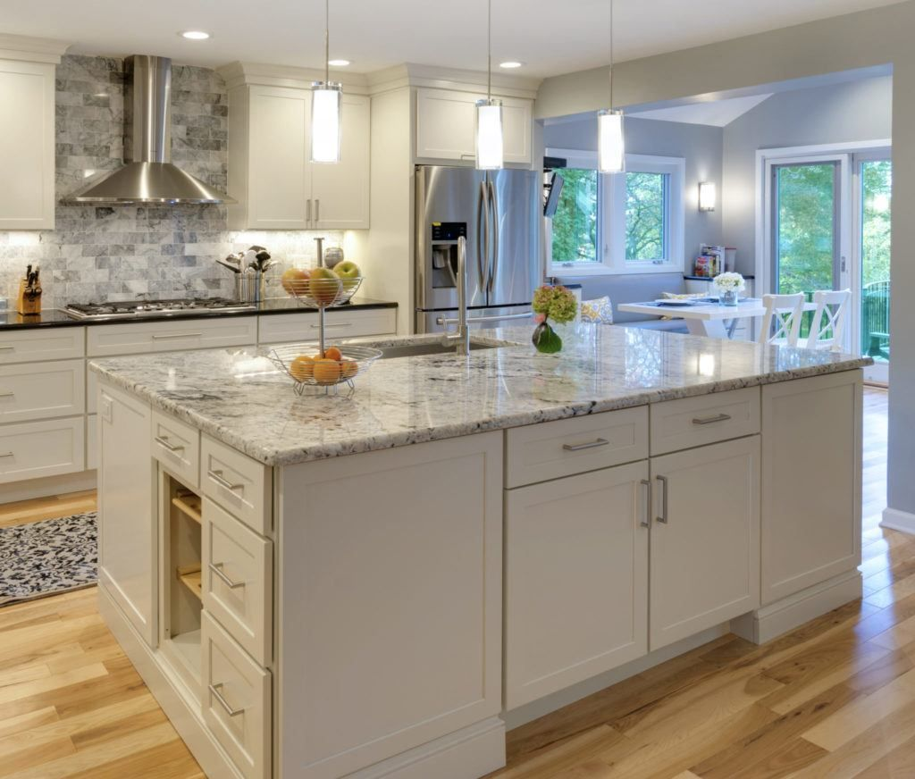 The 10 X 10 Kitchen And Why The Linear Foot Price For Cabinetry Is A Lie Tiny Kitchen Design Kitchen Designs Layout Kitchen Design Images