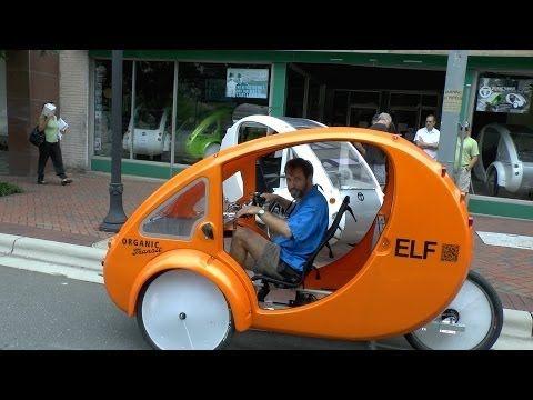 Enclosed Tricycle Is Half Bike Half Car Youtube Com Imagens Baliza