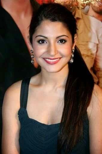 Deepika Padukone Priyanka Chopra Katrina Kaif Anushka Sharma Kajol