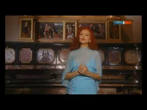 Milva - Ave Maria - https://www.youtube.com/watch?v=KGd5J6CBp_0