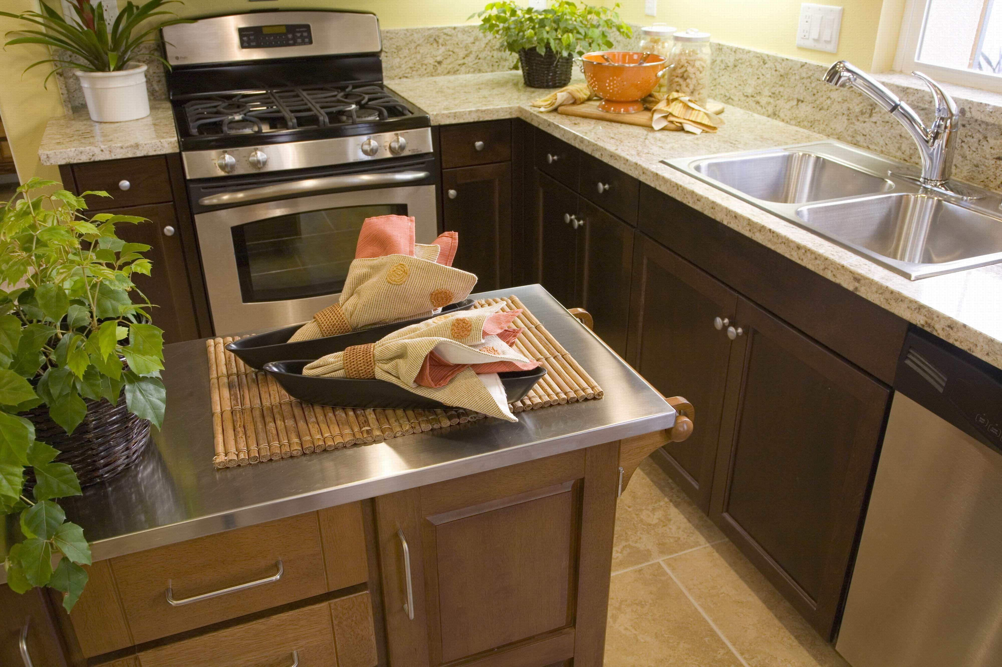 Edelstahl Kuche Insel Arbeitsplatte Braun Tisch Schrank Wasserhahn Waschbec Kitchen Design Open Stainless Steel Kitchen Counters Stainless Steel Kitchen Island