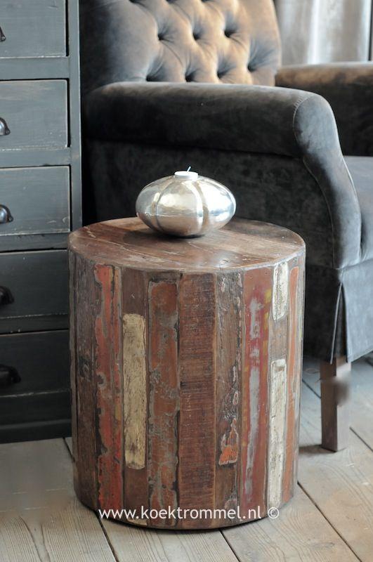 Ronde bijzettafel van oud geschilderd hout landelijke tafels pinterest hout en huisdecoratie - Oude huisdecoratie ...