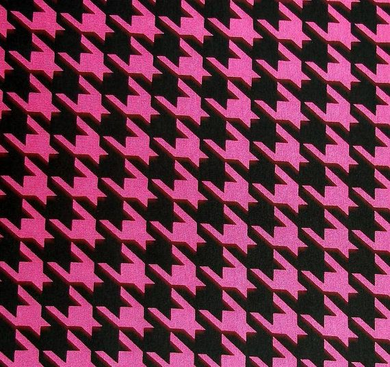 Black Pink Houndstooth Cotton Lycra Knitted Fabric Pretty In Stretches