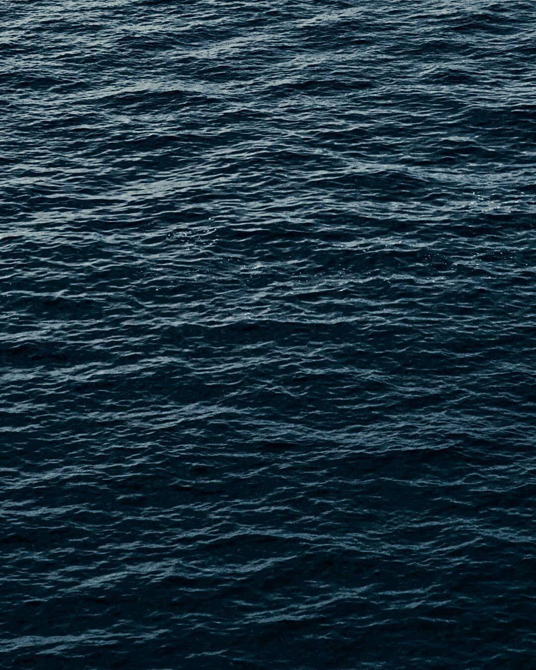 Pin On Sea Wallpaper waves ripples close up wavy