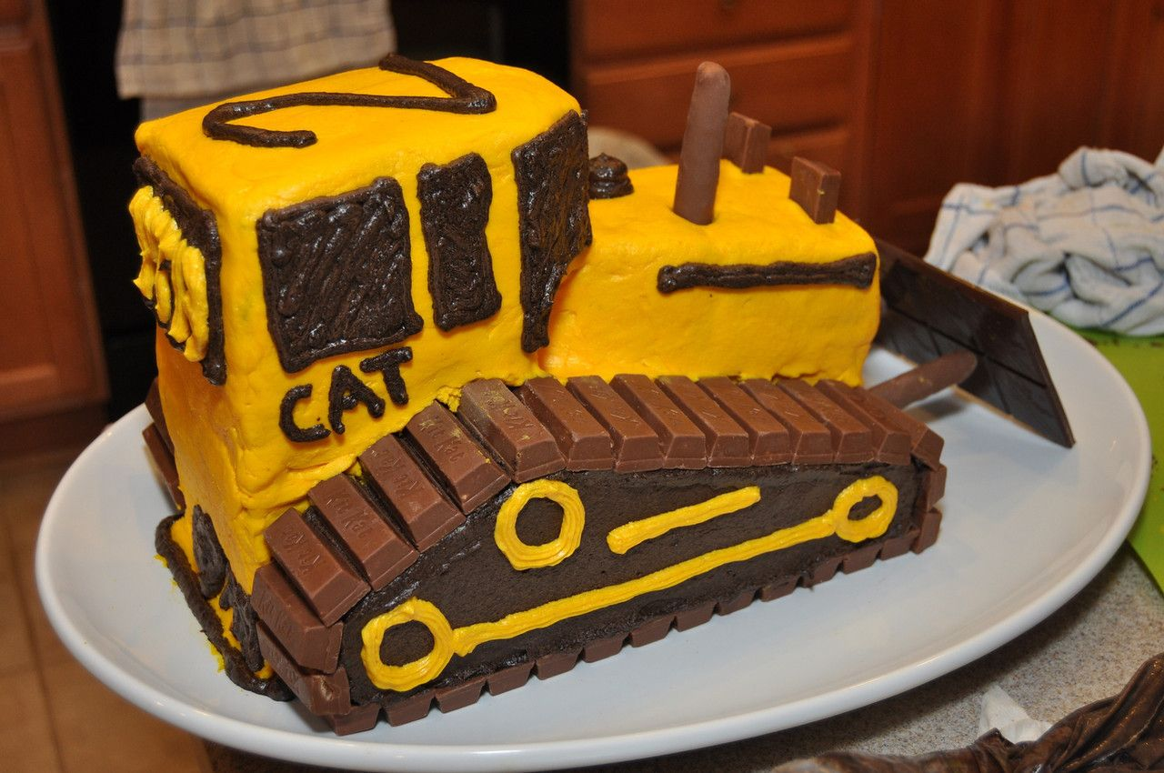 Patricks Birthdays Balhoff Husband Pinterest Bulldozer Cake