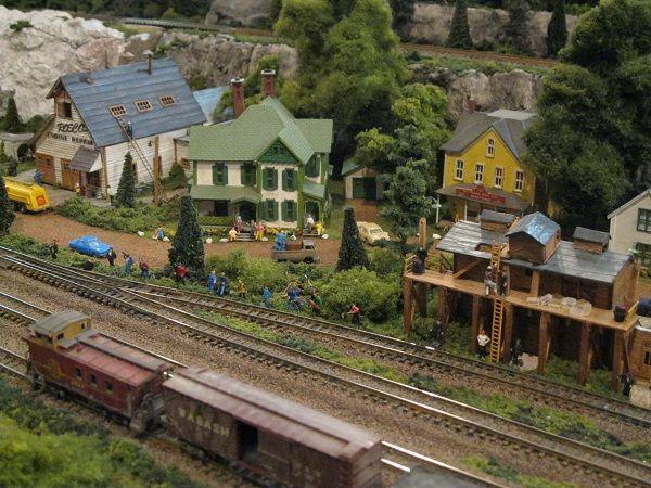 Railroad Line Forums   Model Railroading   Model train