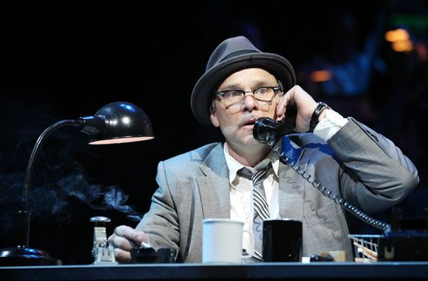 Catch Me If You Can Christmas Is My Favorite Time Of Year New Broadway Musicals Theatre Geek Norbert Leo Butz