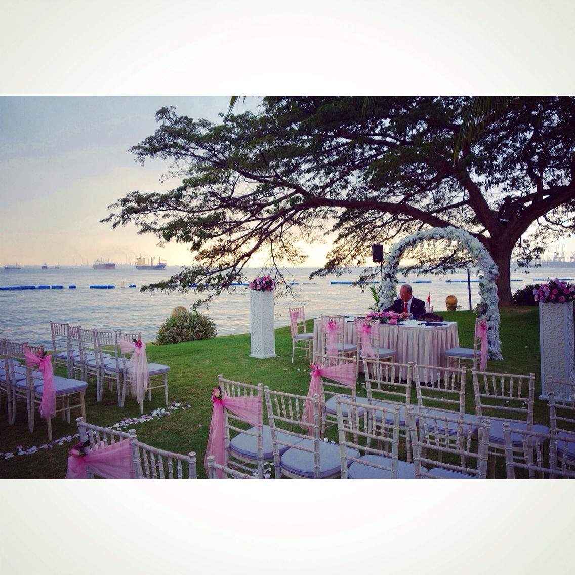 Getting Ready At A Dainty Sea View Wedding Shangri La Rasa Sentosa
