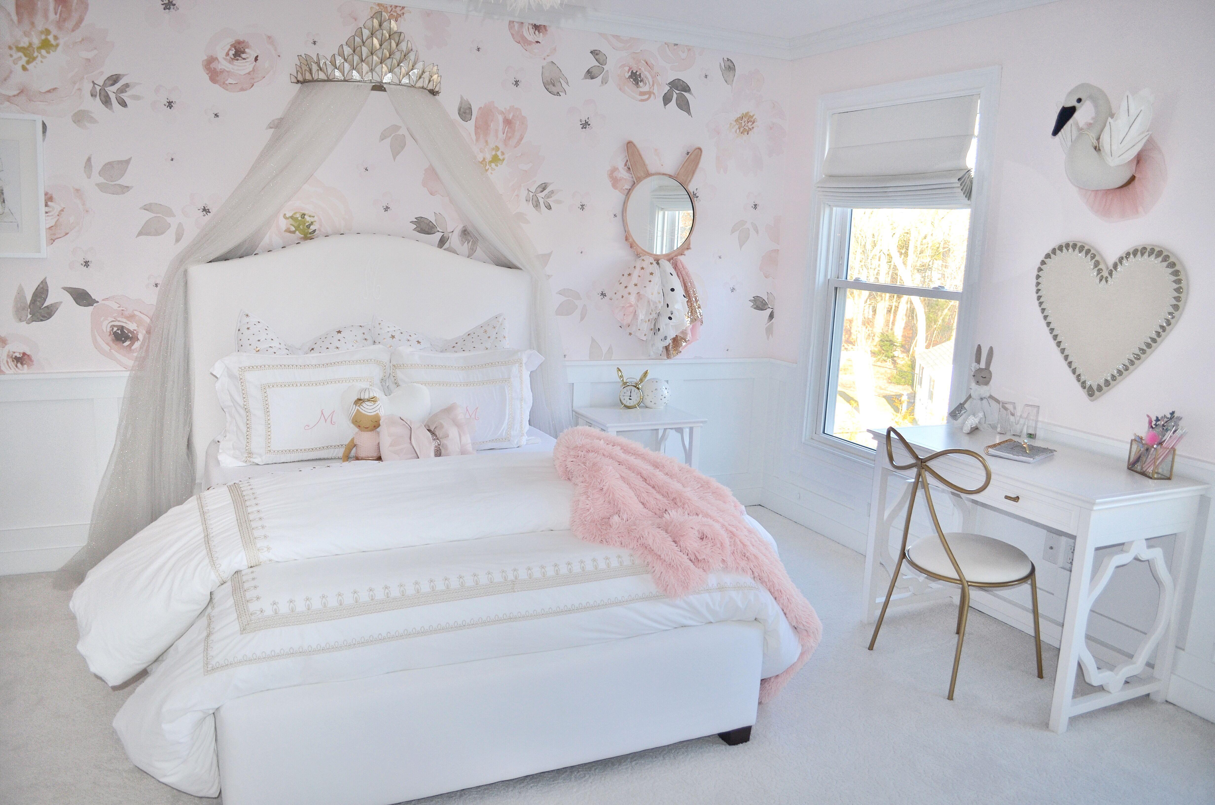 Makenzie S Room Vintage White Bedroom Traditional Bedroom Furniture Home Decor Online