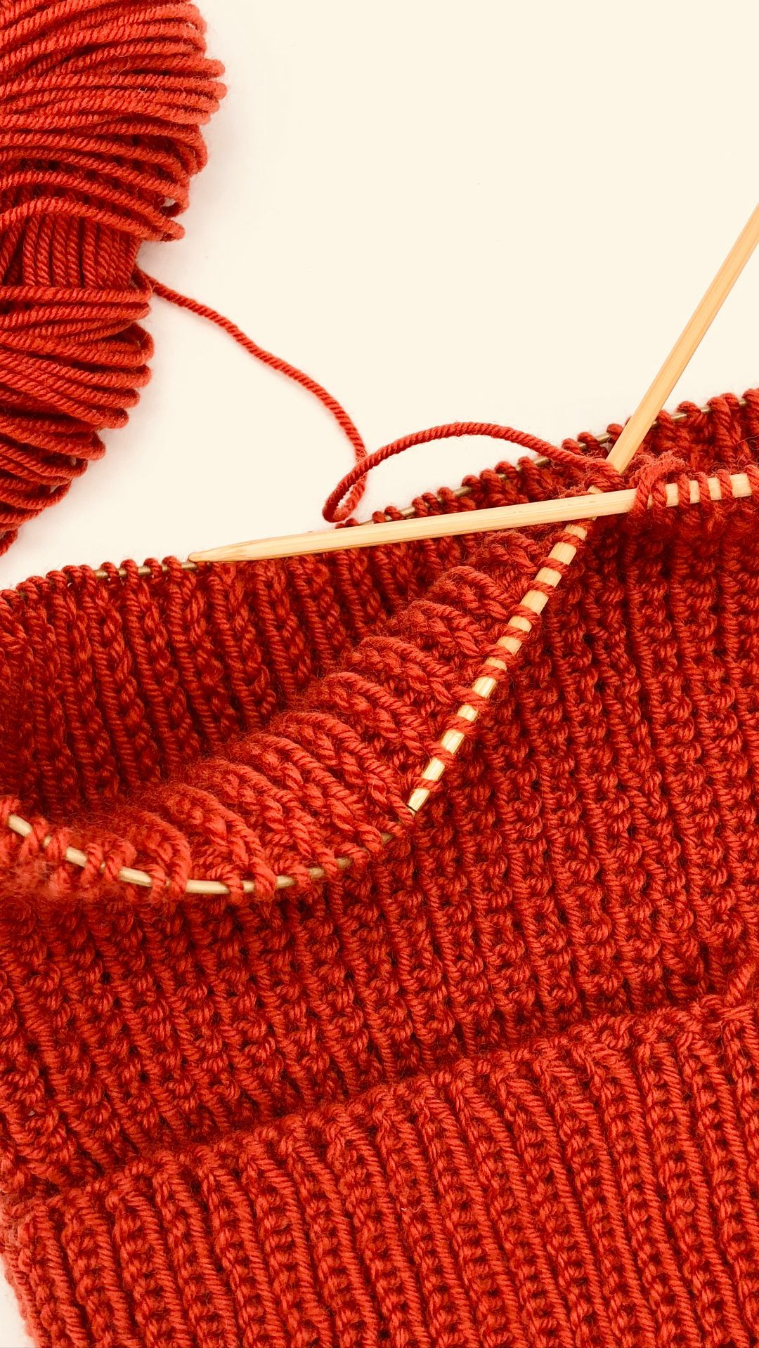 Photo of Knit a simple loop scarf with my instructions! How it works …
