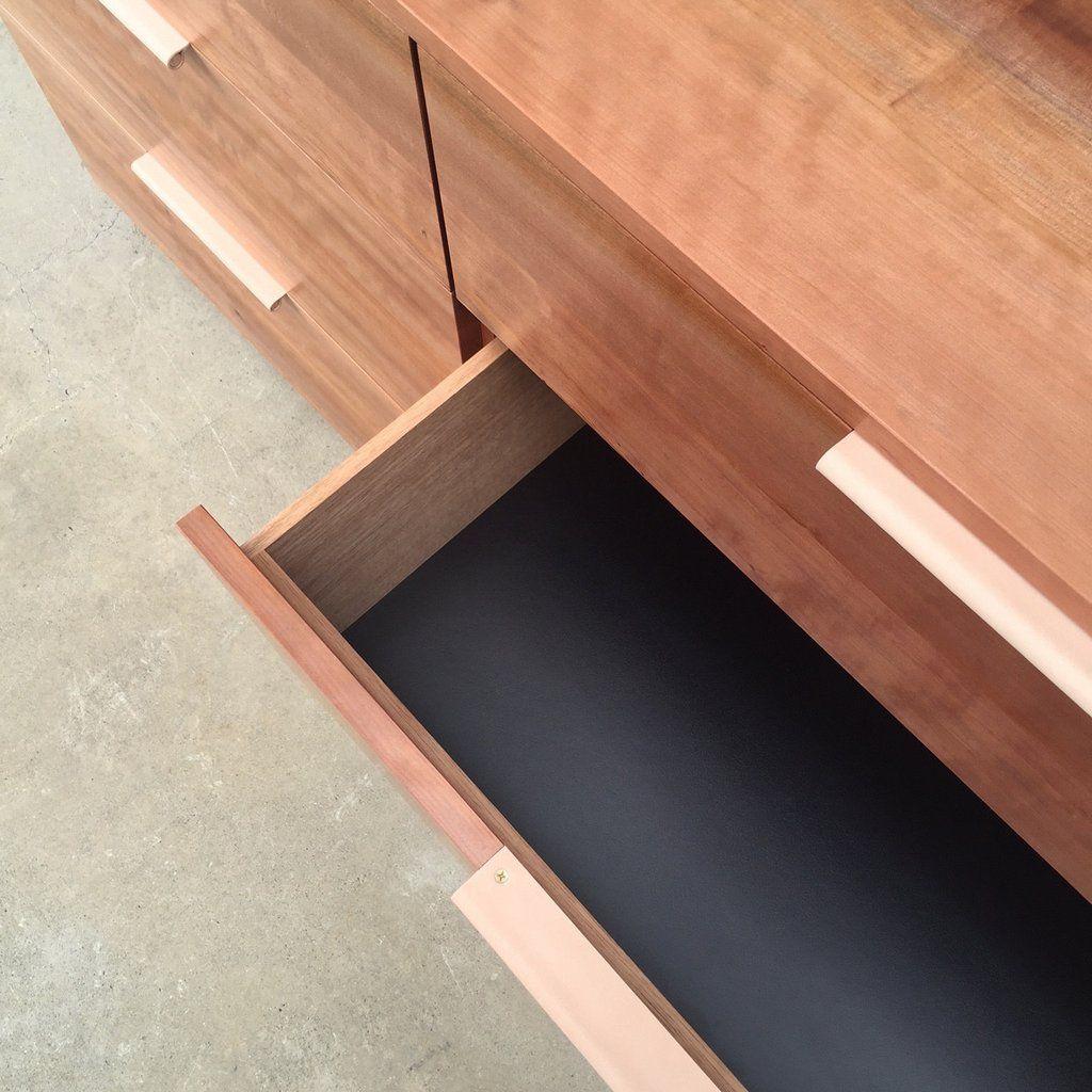 Leather Recessed Pulls Black Black Edge Black Oak Core