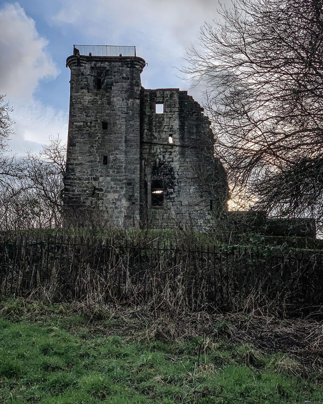 "MyInstaScotland On Instagram: ""Crookston Castle, Glasgow"