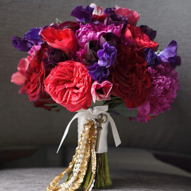 Lush romantic bridal bouquet | Photographer: averyhouse | Botanicals - an HMR Design Group company | www.theknot.com