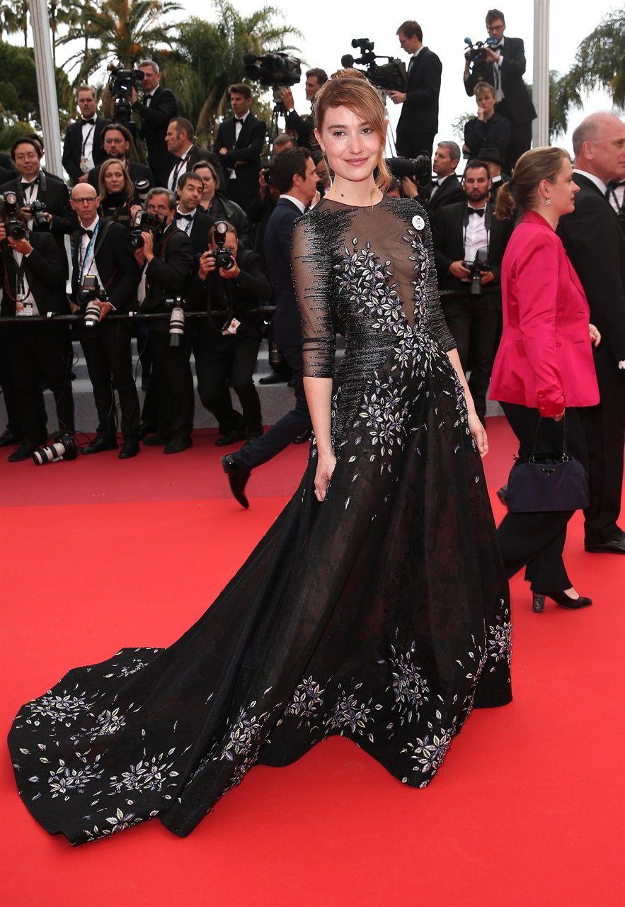 super popular da83c 51d9d Cannes 2019: abiti, look e foto di tutte le star del ...