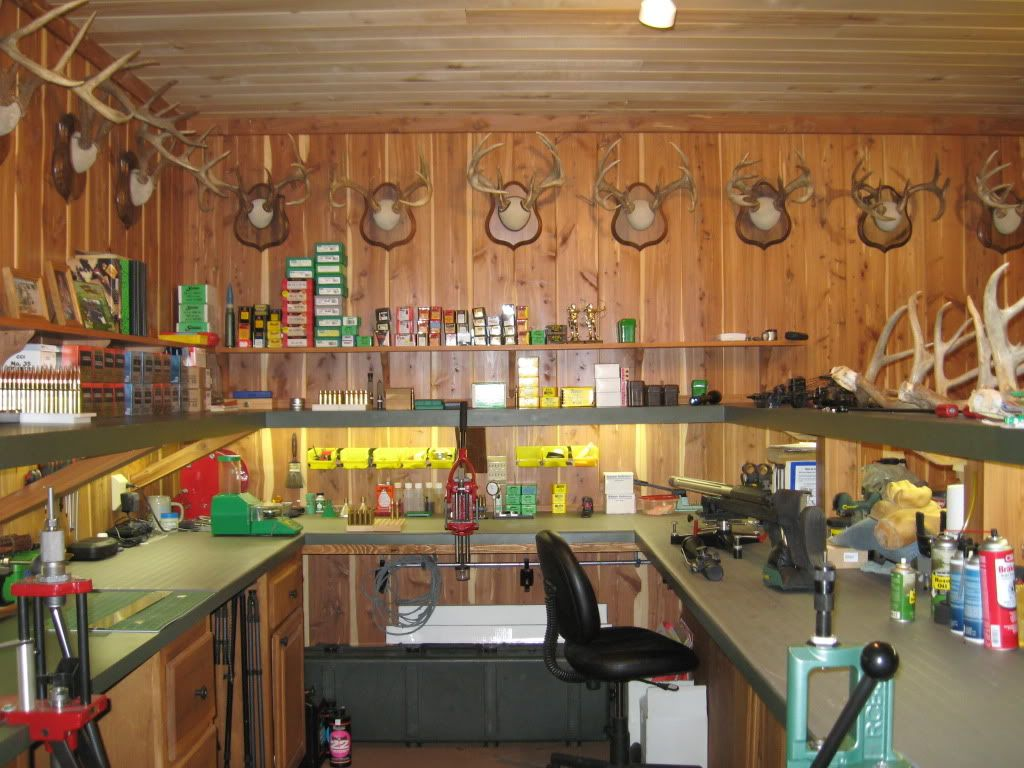 Man Cave Garage Hunting : Post your reloading bench pictures long range hunting guns and