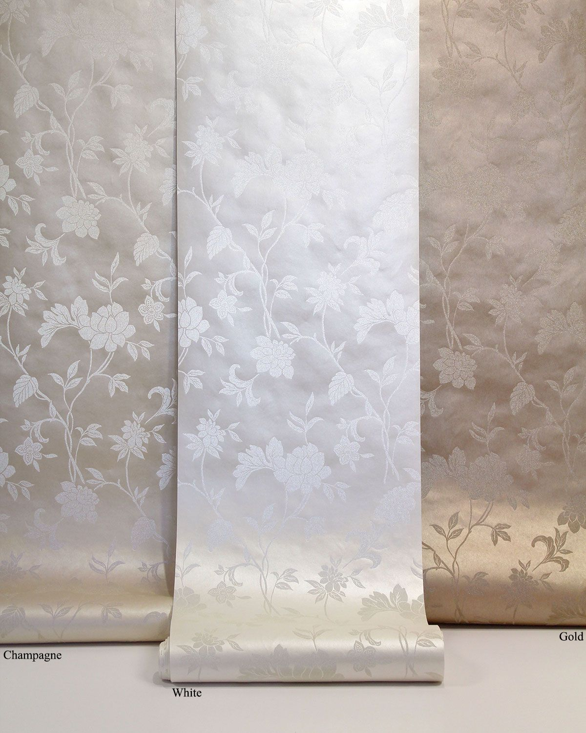 Contemporary And Eye Catching Metallic Wallpaper Gold Silver