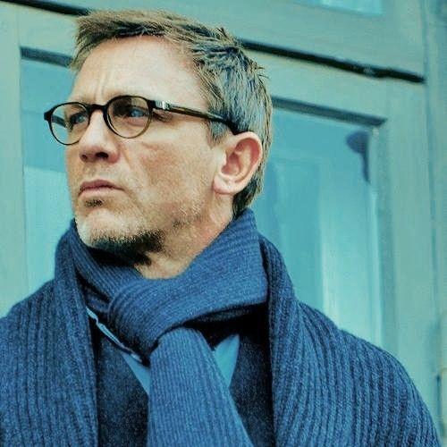 "Photo of Daniel Craig, portraying ""Mikael Blomkvist"", in ""The ..."