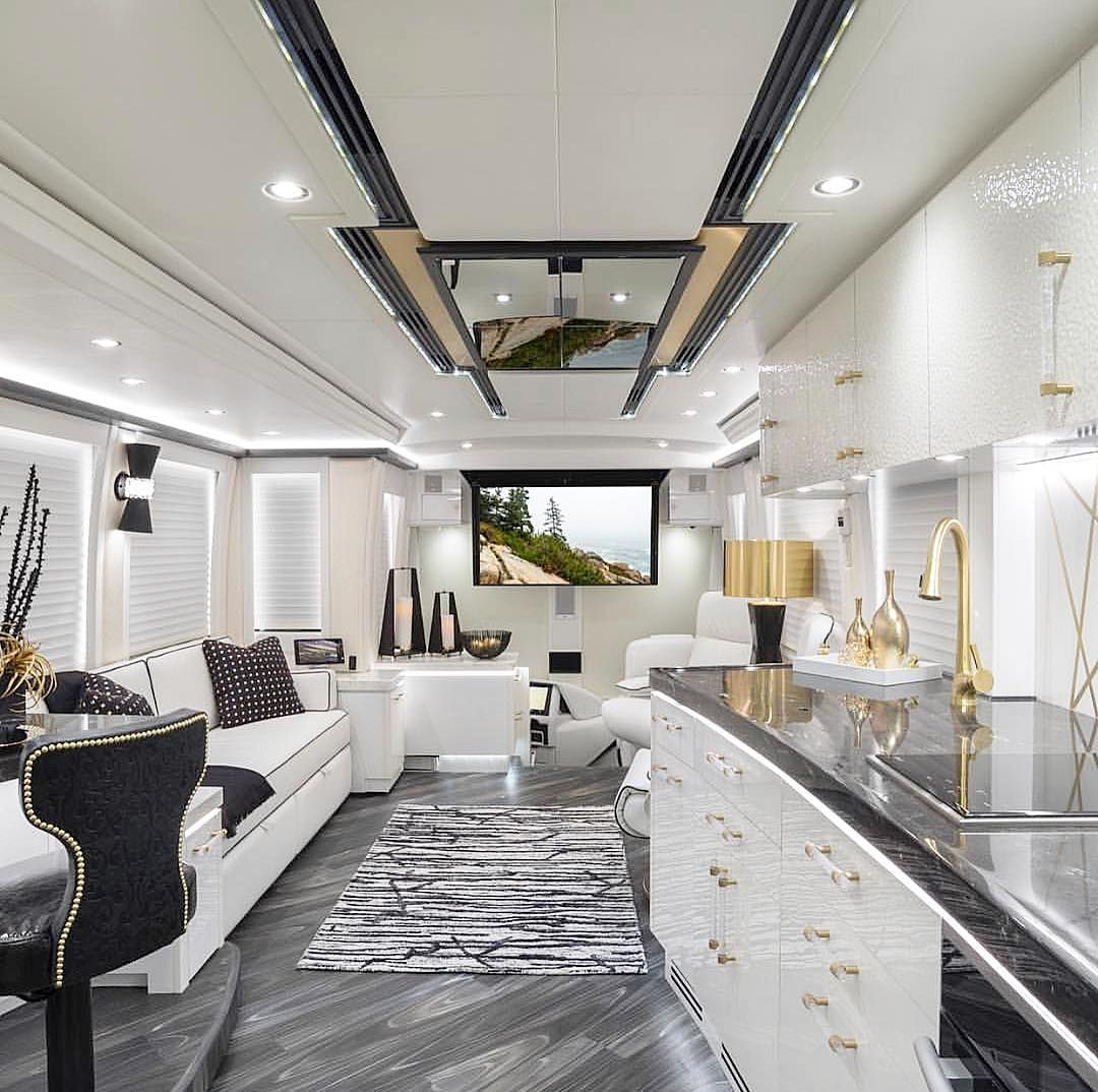 The luxury bus that ONLY idesignlibertys created. Unreal