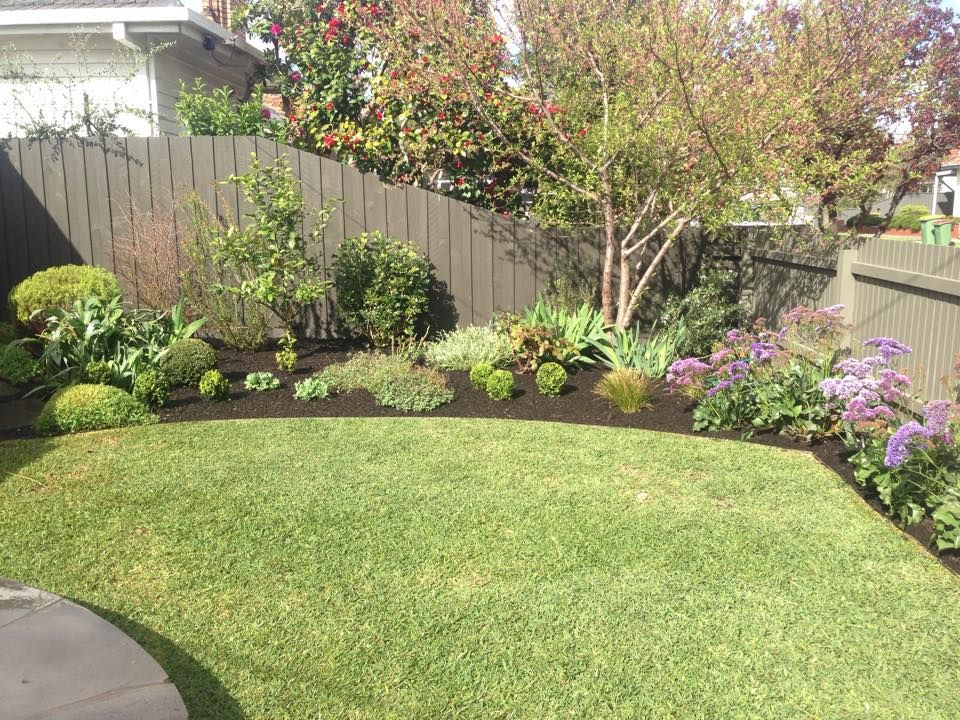 Lawns And Plantings By Berryman Gardens With Images Small Backyard Garden Maintenance Yard Landscaping