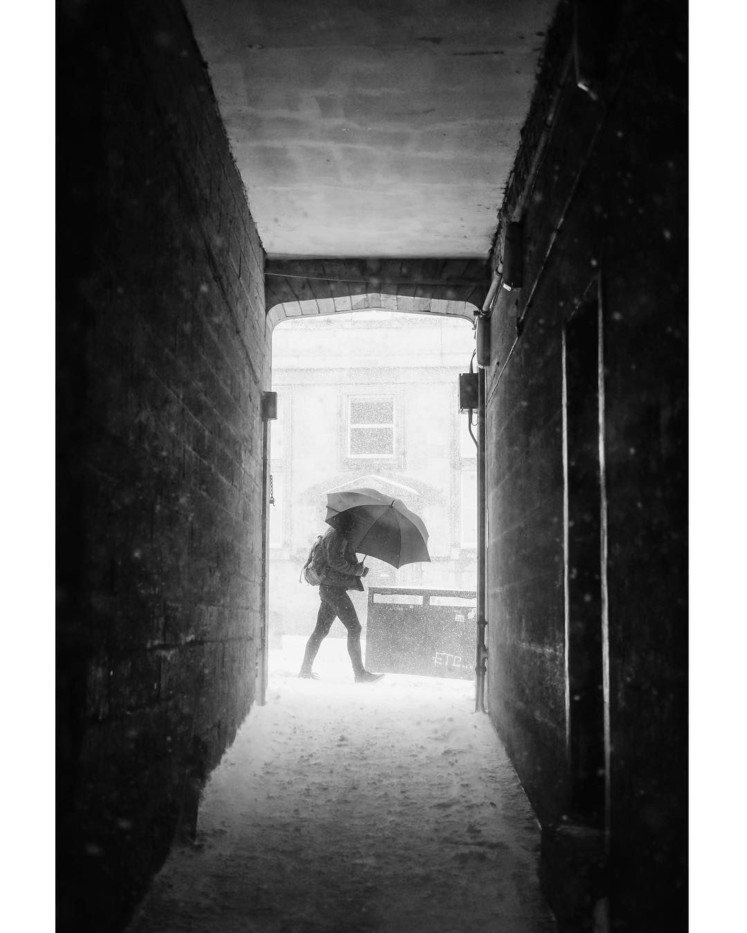 "Pete | Edinburgh | Scotland on Instagram: ""A favourite from last winter #tbt . . . #edinphoto #life_is_street #igersedinburgh #fromstreetswithlove #thisisscotland #fujifilm_uk…"""