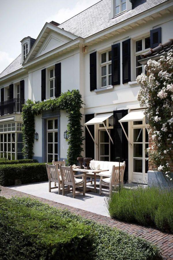 Pin von laura olivia auf exteriors pinterest for Friesenhaus modern einrichten