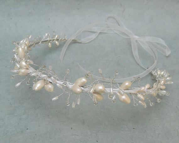 Pelo novia corona boda corona, tocado de novia perla vid, boda accesorio, bosque corona nupcial, boda Chic rústico casco