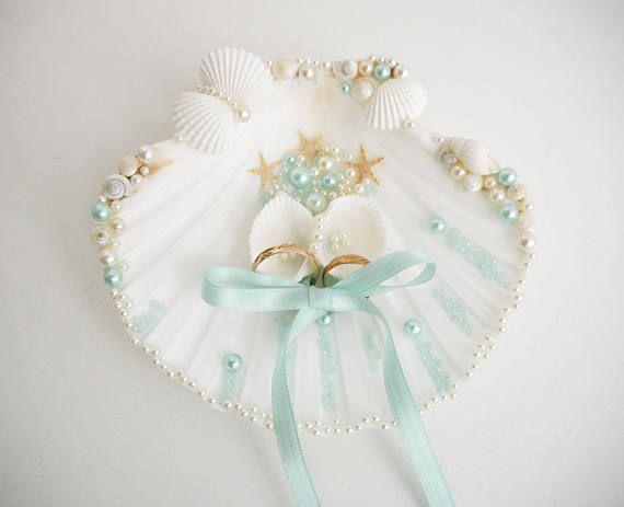 Shell ring holder Wedding Ring Holder Sea shell Ring Bearer Sea