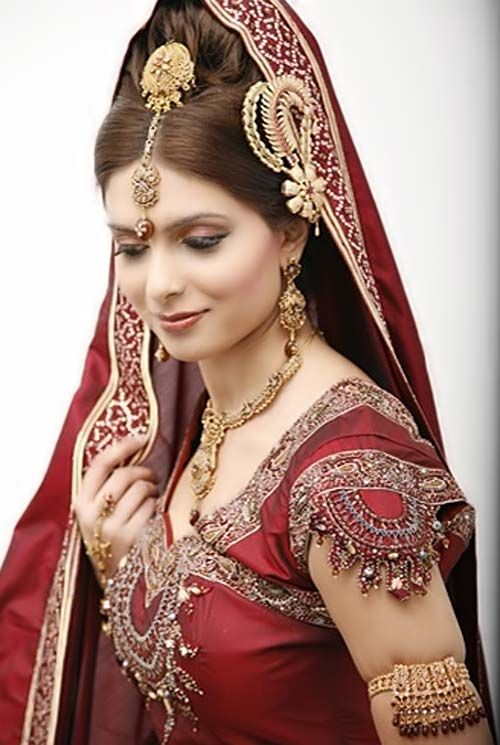 100 Most Beautiful Indian Bridal Makeup Looks