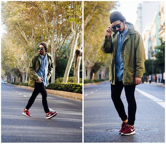 Khaki Vintage Parka, Pull & Bear Shirt, H&M Skinny Black Jeans, Nike Roshe