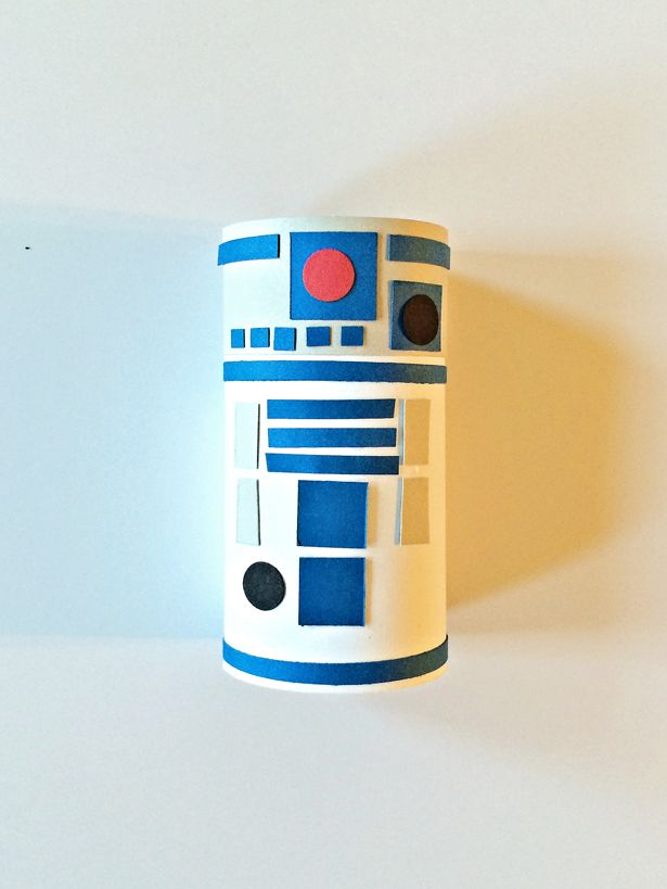 Hello wonderful star wars characters toilet tube craft for Tissue tube crafts