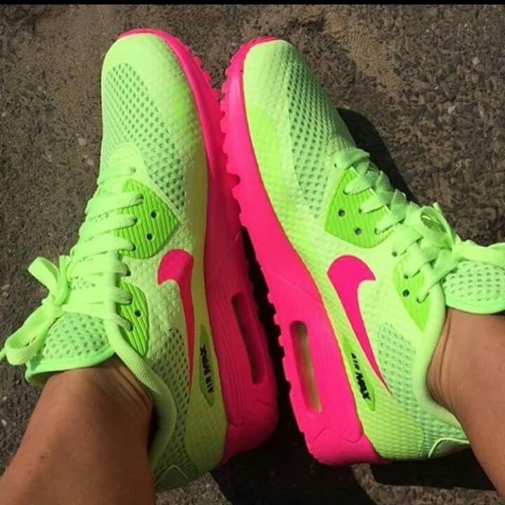 e59e0ef4bd567 Nike Air Max · Shoe Game · P   G Aka Sorority