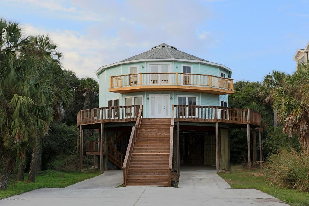 Hurricane Resistant Homes Wind Resistant Homes Custom Coastal Homes Deltec Homes Hurricane Proof House Silo House House On Stilts