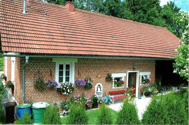 Schmuckes Hauschen Mit Landwirtschaftlichem Grund 71 M 230 000 4710 Grieskirchen Willhaben Willhaben Immobilien Angebote Bauland