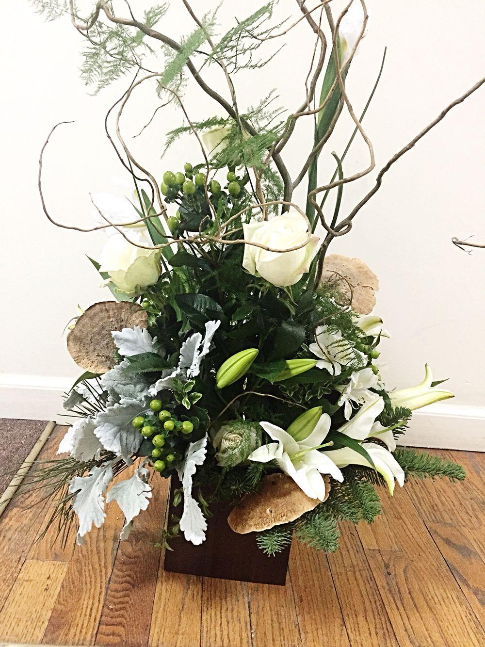 Woodsy white cube flower arrangement funeral flower piece terris woodsy white cube flower arrangement funeral flower piece terris flower shop bysamantha izmirmasajfo