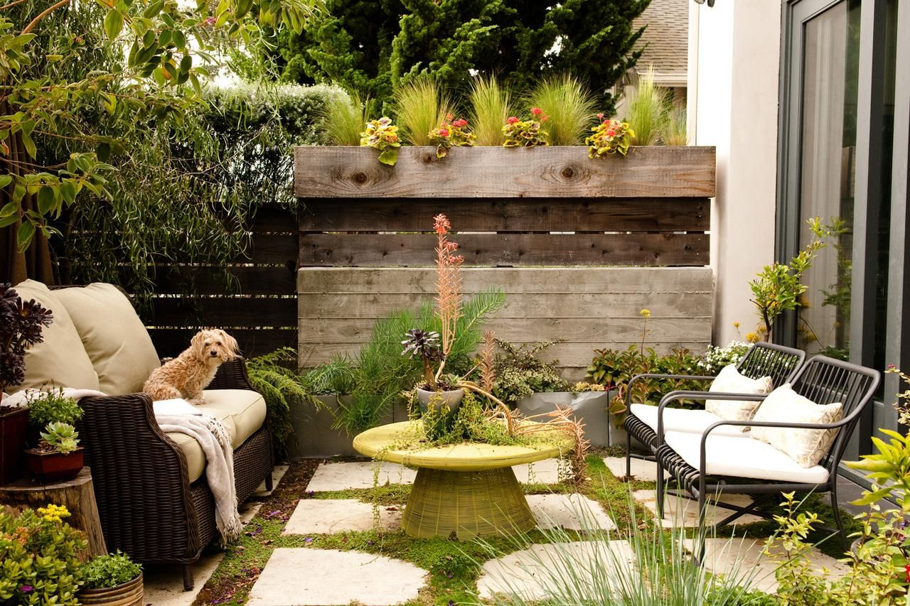 5 Small Backyard Ideas Make Cramped Outdoor Space