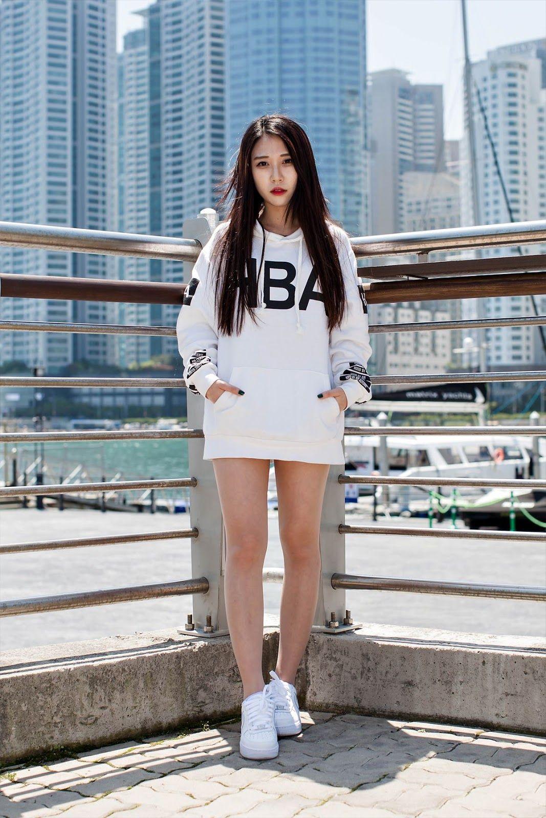 bb4ef828663ff стиль хип-хоп в одежде для девушек: 23 тыс изображений найдено в  Яндекс.Картинках